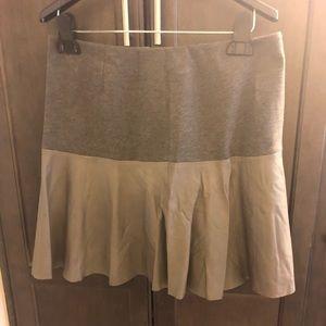 Women's leather skirt!
